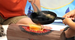 Campfire Kids Indoor Camping Gear: Fish Fry Set