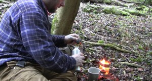 Bushcraft Cooking :Brewing Coffee With Homemade Stove, Part 1