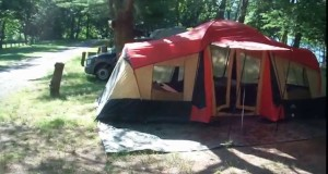 Ozark Trail 10-Person 3-Room XL Camping Tent, 20′ x 11′