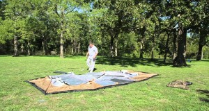 Setting up a 20′ cabin tent in 1:11 minutes