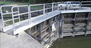 Zanesville Ohio Lock 10 Hiking Trail Muskingum River Close Lock Tour